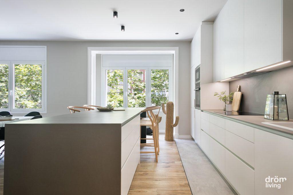 reforma de cocina en vivienda en Barcelona