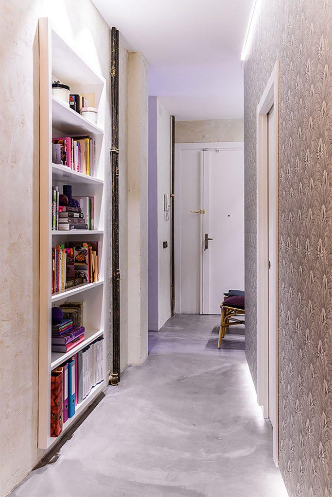 Pasillo en reforma de un piso antiguo en Madrid