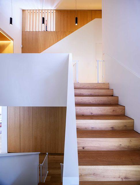 diseño y mobiliario a medida en escalera