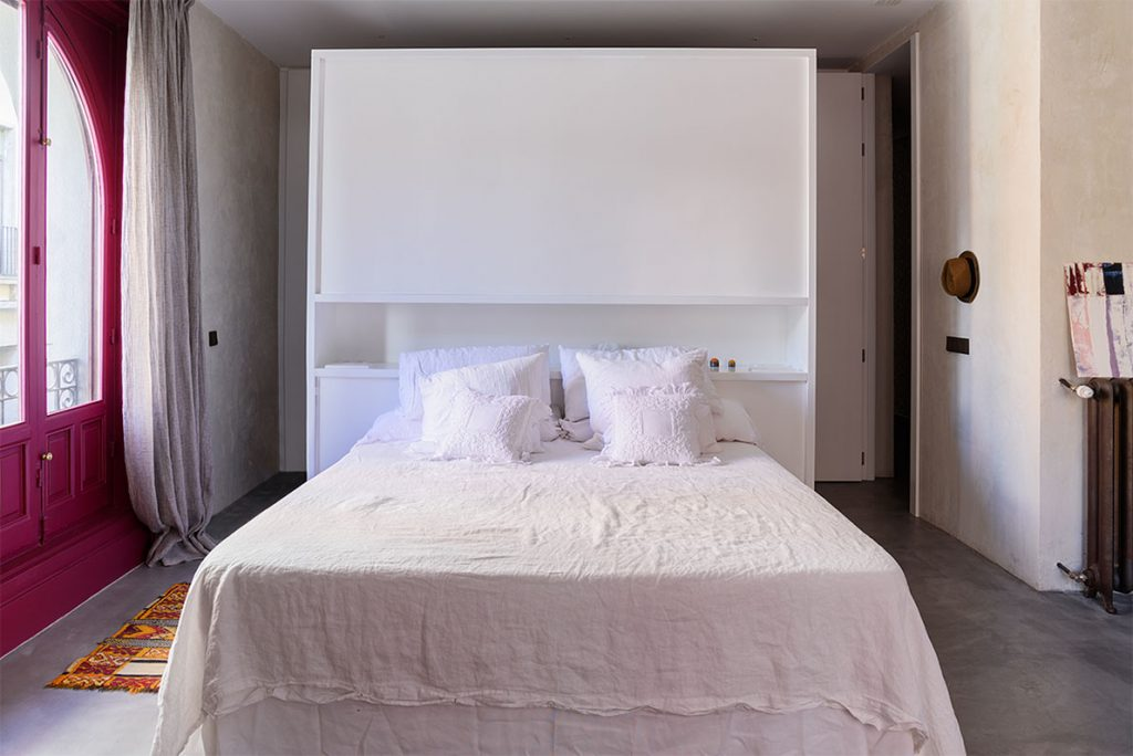 Dormitorio en reforma de un piso antiguo en Madrid
