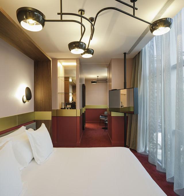 Decoración de habitaciones en interiorismo de hotel Marquis Issabel