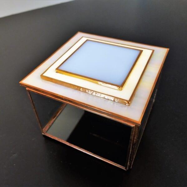 Joyero de vidrio con tapa de espejo de Peke Toyas